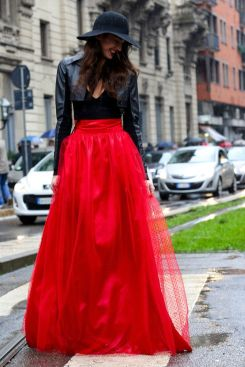top-fashion-red-tulle-skirt-trendy-skirts-outfit-long-skirt